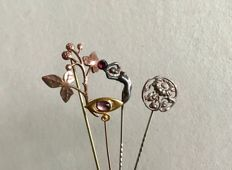 14 kt silver and metal, lot of 4 Art Nouveau pins