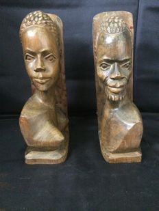 Sculpture of Husband and Wife - Love Story - Handcrafted on Wood