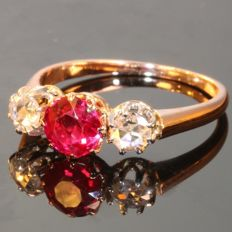 6efe519763aa Romantic Victorian red gold ring with diamond and strass - anno 1900