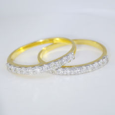 """"""" Made for each other """" Set of 2 - 14 kt Diamond band rings – 1.08 ct - 22 Round Brilliant cut diamonds -I-J / SI– Ring size 17 / 54 -  no reserve price"""
