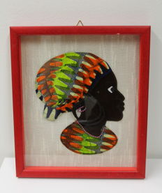 African art - representation of a woman with batik 'pagne'