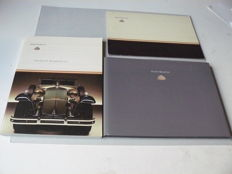 Maybach 3 publications (2 books and 1 presentation folder with pictures), titles: 'Maybach Moments 01' / 'Maybach' / 'Maybach, perfectie in kwaliteit'