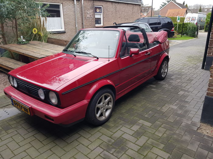 Volkswagen - Golf 1.8 Convertible - 1988