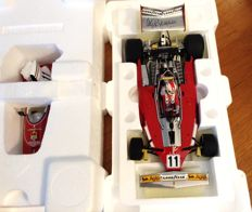 Exoto - Scale 1/18 - Ferrari 312T F1 winner Italian GP 1975 #11 -- signed by Clay Regazzoni