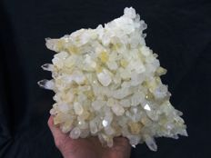 Quartz Crystal Cluster, Clear Points - 25 x 17 x 5cm - 1,93kg