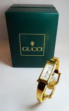 Gucci 1500L watch for women, mother of pearl dial - Superb - iconic, from the 1990s
