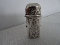 Beautiful Dutch silver tinderbox with engraving - second half of 19th century