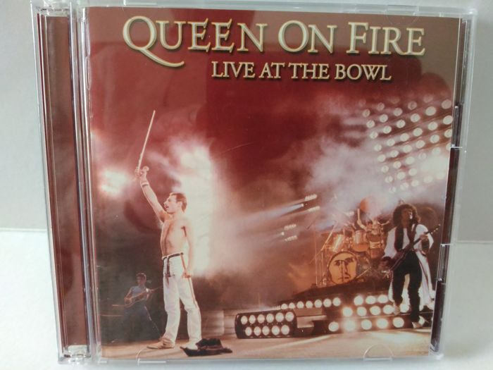 Queen - Live at the Bowl (2cd Edition Import Japan - No Obi) + Queen Picks Display (Collectors Gold Series)