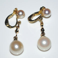 14 kt yellow gold earrings with 4 cultured pearls, each approx. 5 and 9 mm