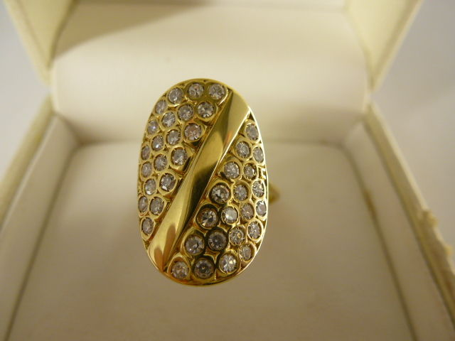 18 kt gold ring with diamonds, size 19 (59 EU)