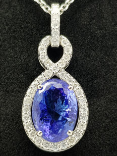 14 kt Pendant with 6.28 ct tanzanite & 1.01 ct diamonds – No Reserve Price