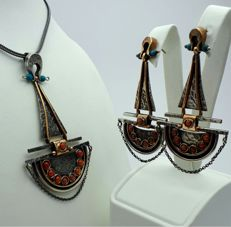 Oriantalist Necklace & Earring Set, Chain:50cm, Pendant:7cm, Earring:6.5cm, Total Weight 38.50g. ***NO RESERVE PRICE ***