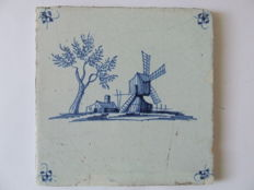 Landscape tile with spider-head mill