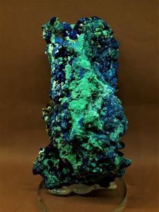 A wonderful large sample of malachite azurite crystals in a matrix - 17 x 7 x 6 cm - 800 gr