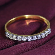 14 kt Diamond band ring – 0.54 ct - 11 Round Brilliant cut diamonds -I-J / SI– Ring size 17 / 54 -  no reserve price