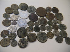 Spain - Lot of 43 coins - Hispano-Arabic - Counterstamps, maravedis - Contemporary - From Catholic Monarchs to Charles III the Pretender