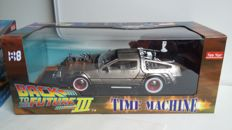 Sun Star - Scale 1/18 - De Lorean time machine  ´Back to the Future III´