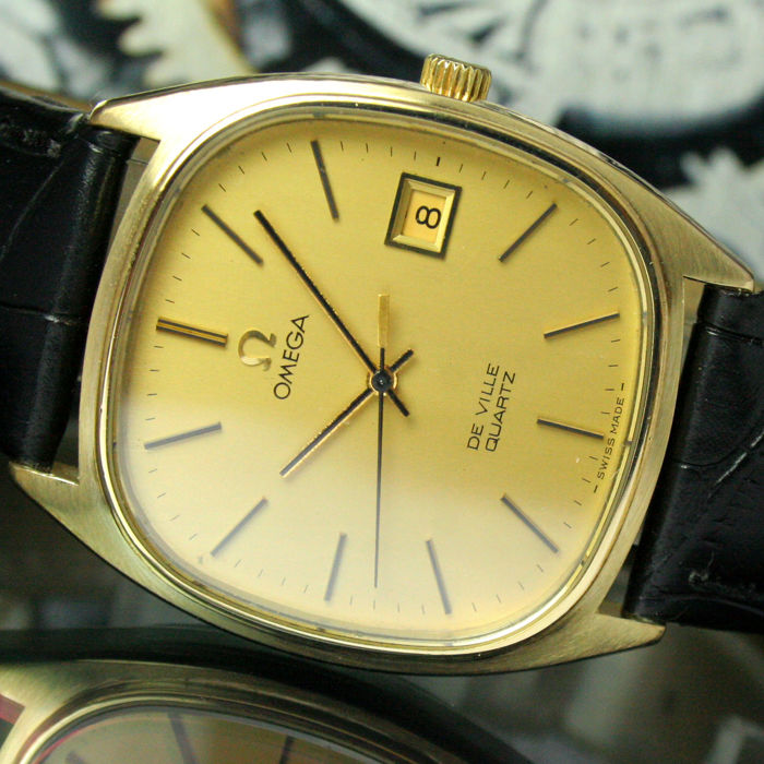 Omega - DeVille Quartz Date with Papers - 192.0034 - Heren - 1970-1979