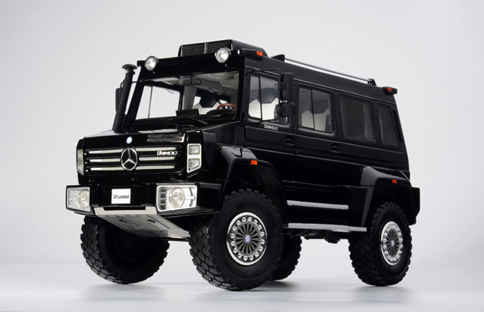 GLM - 1/18 scale - Mercedes-Benz Unimog U5000 year 2012 - colour black