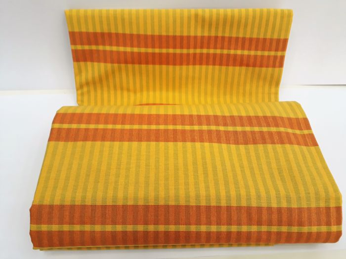 1980 square table set 160x250 yarn-dyed cotton blend fabric, stain-resistant