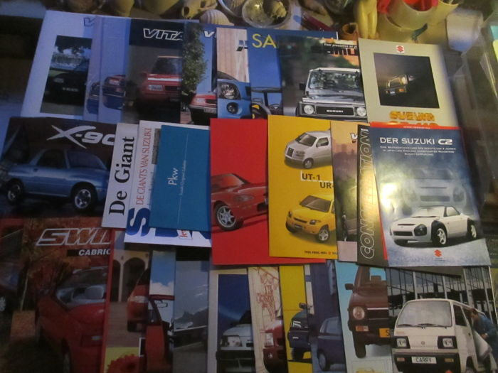 Car brochures (Suzuki, including prototypes/Capuccino/X-90, 31x, 1984-2000)