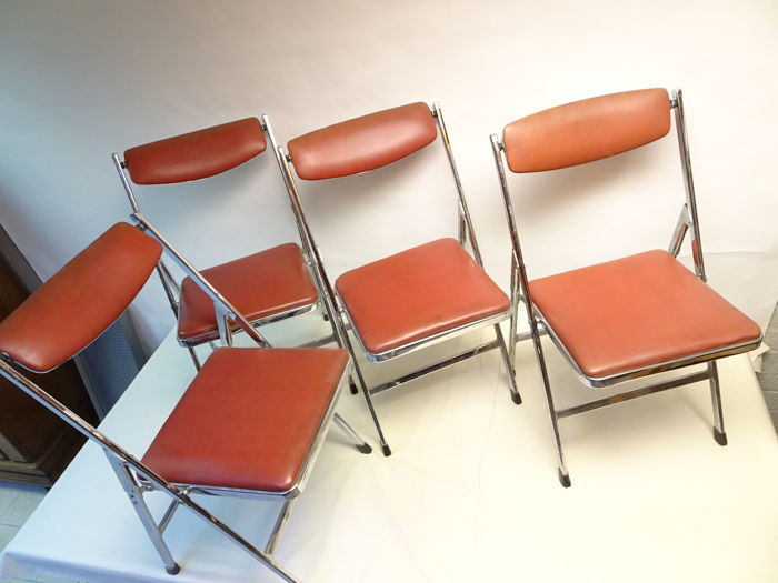 Camel Steel Products   4 Vintage Folding Chairs