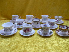 11 x cups and saucers with floral pattern - England - including Royal Albert, Elizabethan, Queens and others, 20th century, England