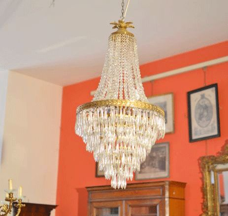 Napoleon III style chandelier in brass and opal glass - France, circa 1900