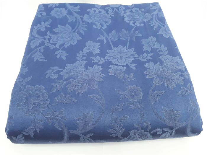 1990s, Italy - rectangular table set 180x280, 100% Damask jacquard silky cotton