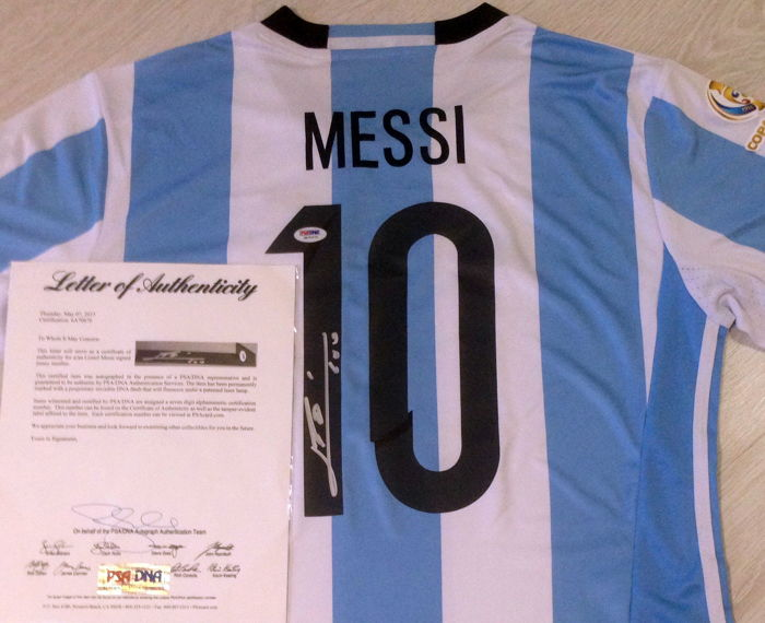 Original Lionel Messi Hand Signed Argentina National Team Soccer Copa America 2016 White/Blue Jersey #10 Autographed PSA/DNA LOA