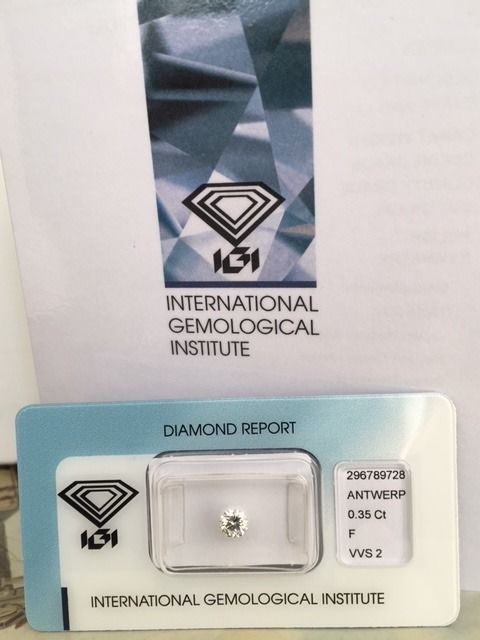 0.35 ct Brilliant cut diamond, F/VVS2