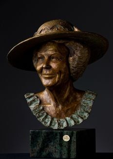From a museum: Bronze bust of Her Majesty Queen Beatrix of the Netherlands