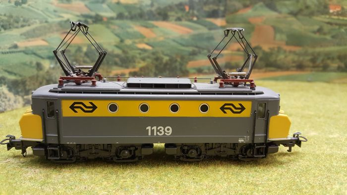 Märklin H0 - 3324 - Electric locomotive -  Elok serie 1100 bedrijfs nr 1139 - NS