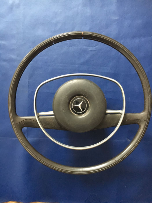 Mercedes original steering wheel for pagoda, models 1960-1970s