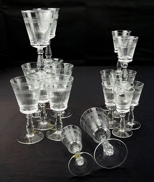 Pall Mall Lady Hamilton - Service made of delicate crystal, comprising 9 wine chalices and 9 liquor chalices