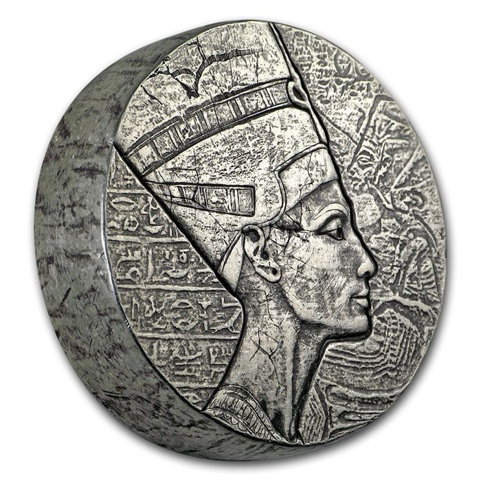 Scottsdale Mint - 5 oz - 3,000 Francs Republic of Chad 2017 - Queen Nefertiti - 999 antique proof, silver finish