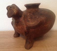 Pre-Columbian Nayarit figural pottery - Mexico -  17 cm