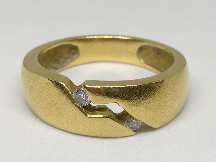 Gold ring (18 kt/750) - Diamonds (0.10 ct) - size 15