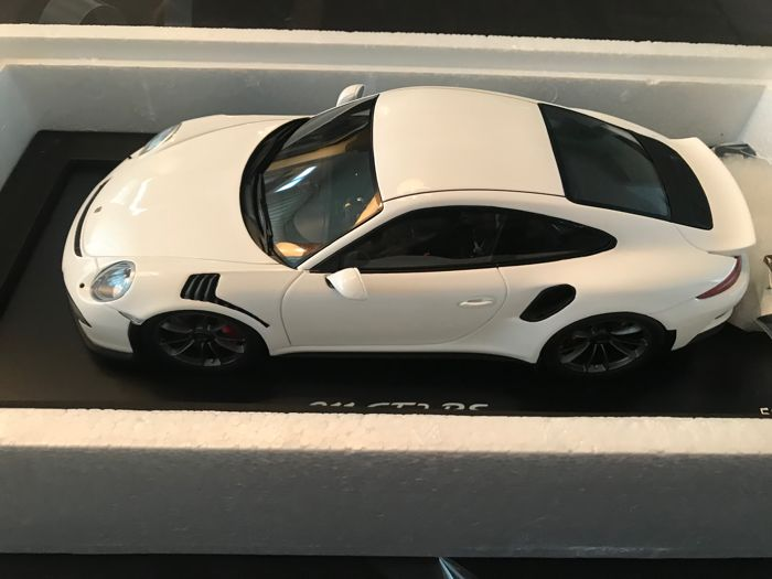 Spark - Scale 1/18 - Porsche 911 GT3 RS - White