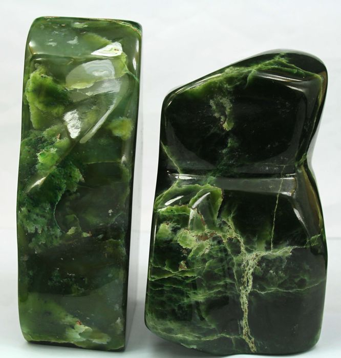 Green Nephrite Jade Polished tumbles - 117 to 130mm - 2182gm - (2)