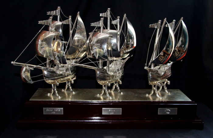 Exclusive Sculpture of caravels in electroplated metal, replicas of La Niña, La Pinta and La Santa María,