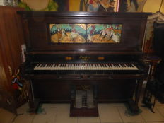 Fisher New York American Player Piano 1840 / No. 146555 - with 173 Music Rolls - Video Available