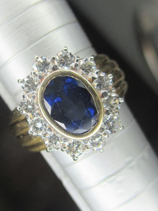 18 kt. Gold, White gold - Ring - 1.20 ct Sapphire - Diamond