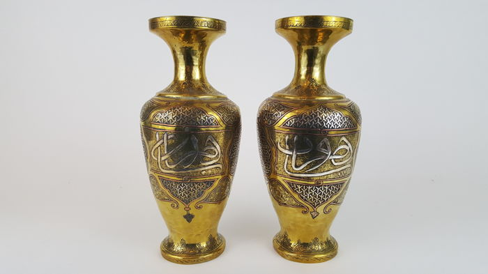 Pair of Cairo silver and copper & bronze inlaid vases - Egypt - 19th century (25,5cm)