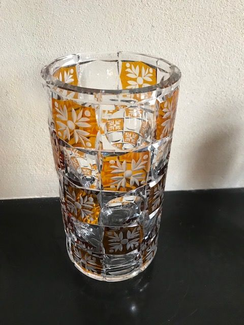 A large crystal Seventies vase - 27 cm, Netherlands, 1970s