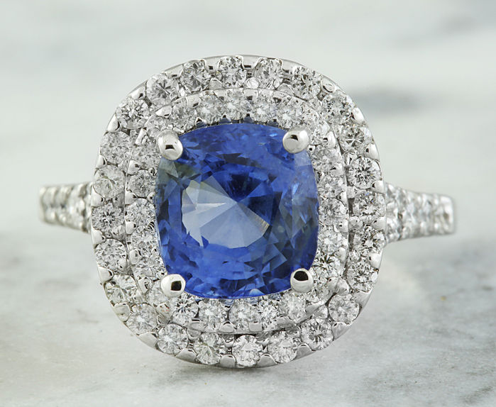4.60 Carat Sapphire 18K Solid White Gold Diamond Ring *** Free shipping *** No Reserve *** Free Resizing