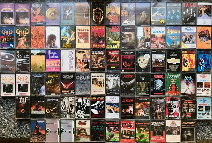 Collection of 78 original hard rock and heavy metal cassettes. Great groups of all times. See list and photos.