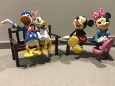 Disney - 2 figurines - Donald and Daisy + Mickey and Minnie