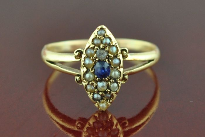 Exclusive Authentic Mid 19th Century (Victorian) Ceylon Sapphire & Antique Pearls Marquise Shaped 18k Yellow Gold Ring
