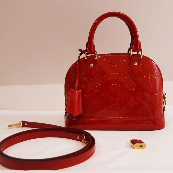 4e4414992ecf31 Louis Vuitton - Alma BB Cherry Red Handbag - Catawiki